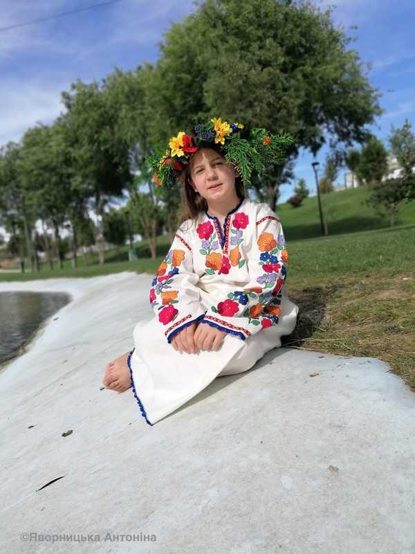 Як вишивати колодочками. Вишита сорочка для дівчинки. Онлайн школа української вишивки Prekrasa Studio